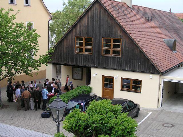 Aktueller Gottesdienstort HEUTE: GRUNDSCHULTURNHALLE